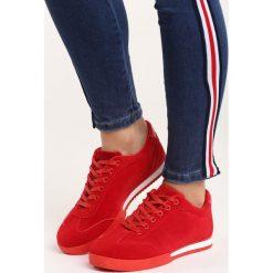 Czerwone Buty Sportowe War is Won. Czerwone buty sportowe damskie marki KALENJI, z gumy. Za 69,99 zł.