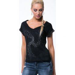 Koszulka z koralikami czarna ZZ1062. Czarne bluzki z odkrytymi ramionami marki Fasardi, m. Za 55,20 zł.