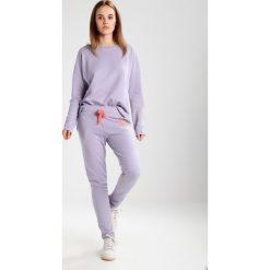 Bluzy rozpinane damskie: Juvia Bluza lavender