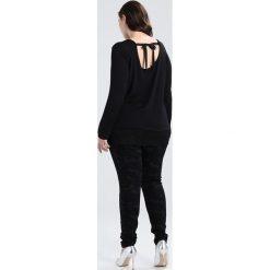 City Chic PANT MONO CAMMO Jeansy Slim Fit black. Czarne jeansy damskie marki City Chic, z bawełny. W wyprzedaży za 341,10 zł.