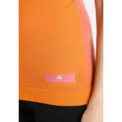 Adidas by Stella McCartney Koszulka sportowa desros/radora. Czerwone t-shirty damskie adidas by Stella McCartney, l, z elastanu. W wyprzedaży za 213,85 zł.