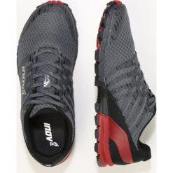 Inov8 TRAILTALON 235 Obuwie do biegania Szlak grey/red. Szare buty do biegania męskie Inov-8, z materiału. W wyprzedaży za 455,20 zł.