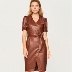 Sukienka z krótkimi rękawami - Bordowy. Czerwone sukienki mini Reserved, z krótkim rękawem. Za 179,99 zł.