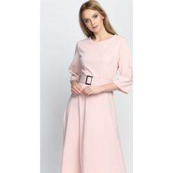 Sukienki hiszpanki: Różowa Sukienka Good Chance