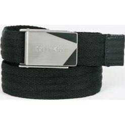 Calvin Klein - Pasek. Czarne paski męskie Calvin Klein, w paski, z materiału. W wyprzedaży za 179,90 zł.