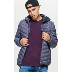 Odzież: Pikowana kurtka z kapturem - Niebieski