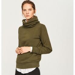 Bluza z szerokim golfem - Khaki. Brązowe bluzy rozpinane damskie Reserved, l. Za 79,99 zł.