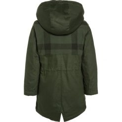 Billybandit Parka dunkelgrün. Zielone kurtki dziewczęce marki Billybandit, z bawełny. W wyprzedaży za 278,85 zł.