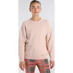 Filippa K DOUBLEFACE  Bluza blush/ light grey melange. Czerwone bluzy damskie Filippa K, l, z bawełny. W wyprzedaży za 479,40 zł.