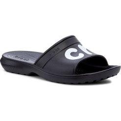 Klapki CROCS - Classic Graphic Slide 204465 Black/White. Czarne chodaki męskie Crocs, z tworzywa sztucznego. Za 119,00 zł.