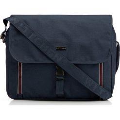 Torba na laptopa 86-3P-200-7. Niebieskie torby na laptopa marki Wittchen, w paski, z materiału. Za 155,00 zł.