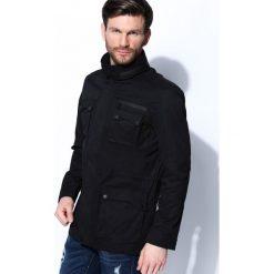 Czarna Kurtka Temporal. Czarne kurtki męskie marki Born2be, l, z aplikacjami, z dresówki. Za 189,99 zł.
