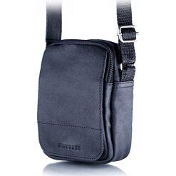 Torba na ramię listonoszka BRODRENE Czarna. Czarne torby na ramię męskie marki Brødrene, w paski, ze skóry. Za 119,90 zł.