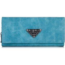 PORTFEL DAMSKI JENNIFER JONES KOPERTÓWKA. Niebieskie torebki na łańcuszku marki Jennifer Jones, ze skóry, młodzieżowe. Za 49,90 zł.