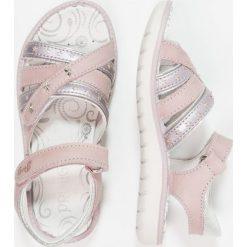 Primigi Sandały lilla/argento. Fioletowe sandały chłopięce marki Primigi, z materiału. Za 249,00 zł.