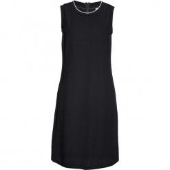 Sukienka ze ściągaczem w prążek bonprix czarny. Czarne długie sukienki bonprix, w prążki, z długim rękawem, proste. Za 54,99 zł.