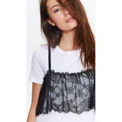 T-shirty damskie: T-SHIRT DAMSKI Z CIEKAWĄ KORONKOWĄ FALBANKĄ