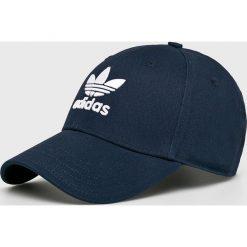 Adidas Originals - Czapka. Czarne czapki z daszkiem męskie marki adidas Originals, z bawełny. Za 69,90 zł.