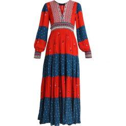 Free People STARLIGHT DRESS Długa sukienka red. Czerwone długie sukienki marki Free People, z materiału, z długim rękawem. Za 959,00 zł.