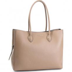 Torebka COCCINELLE - CG5 Farisa E1 CG5 11 01 01  Taupe N75. Brązowe torebki klasyczne damskie marki Coccinelle, ze skóry. W wyprzedaży za 1049,00 zł.