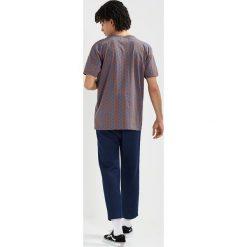 T-shirty męskie z nadrukiem: Mads Nørgaard TERRON Tshirt z nadrukiem partridge blue