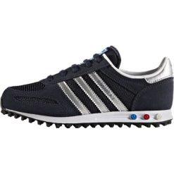 Adidas Originals LA TRAINER C Tenisówki i Trampki legink/silvmt/ftwwht. Niebieskie trampki chłopięce marki adidas Originals, z materiału. W wyprzedaży za 199,20 zł.