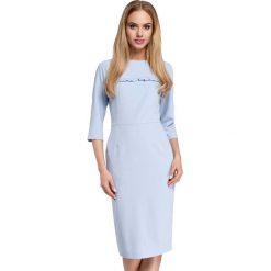 Błękitna Sukienka Ołówkowa Midi z Falbanką. Niebieskie sukienki balowe marki Molly.pl, do pracy, l, z falbankami, midi, ołówkowe. Za 135,90 zł.