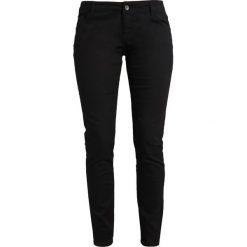 Vero Moda VMHOT FEVER PUSH UP Jeansy Slim Fit black. Czarne rurki damskie Vero Moda. Za 129,00 zł.