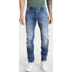 GStar ARC 3D SLIM Jeansy Slim Fit light aged. Niebieskie jeansy męskie G-Star. W wyprzedaży za 363,35 zł.