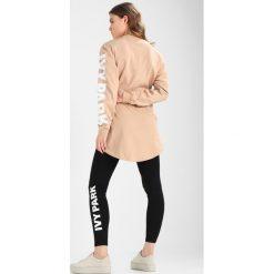 Ivy Park LOGO OVERSIZED Bluzka z długim rękawem sand. Brązowe bluzki longsleeves Ivy Park, xs, z bawełny, sportowe. Za 149,00 zł.