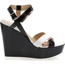 Rzymianki damskie: Czarno białe sandały damskie