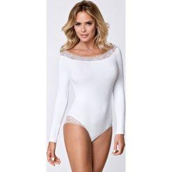 Damskie body Elodi białe. Białe bluzki body Astratex, w koronkowe wzory, z koronki. Za 95,99 zł.