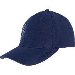 Czapka męska CAM200 - ciemny granat. Niebieskie czapki z daszkiem męskie marki 4f, z nadrukiem, z materiału. Za 49,99 zł.
