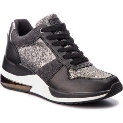 Sneakersy GUESS - FLJAT4 FAM12 PEWBL. Czarne sneakersy damskie marki Guess, z materiału. Za 529,00 zł.