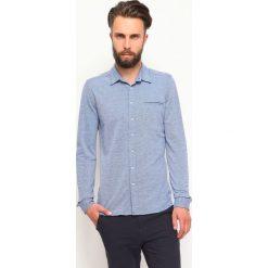 KOSZULA DŁUGI RĘKAW MĘSKA. Niebieskie koszule męskie marki bonprix, m, z nadrukiem, z klasycznym kołnierzykiem, z długim rękawem. Za 39,99 zł.