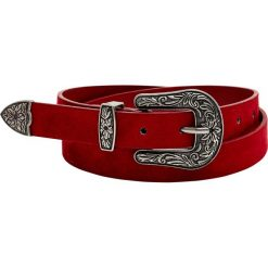 Pasek w kowbojskim stylu. Czerwone paski damskie Pull&Bear, w paski. Za 29,90 zł.