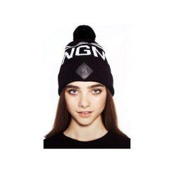 CZAPKA JNGMB BLACK. Czarne czapki zimowe damskie JUNGMOB, z aplikacjami. Za 69,00 zł.