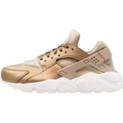 Trampki damskie slip on: Nike Sportswear AIR HUARACHE RUN PRM TXT Tenisówki i Trampki khaki/summit white/metallic field