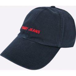 Tommy Jeans - Czapka. Czarne czapki z daszkiem damskie Tommy Jeans, z bawełny. Za 129,90 zł.
