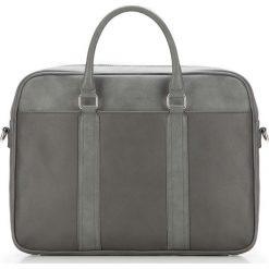 Torba na laptopa 87-3P-502-8. Szare torby na laptopa marki Wittchen, w paski. Za 379,00 zł.