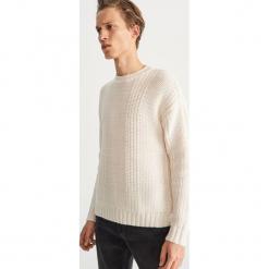 Sweter z okrągłym dekoltem - Kremowy. Białe swetry klasyczne męskie marki Benetton, m. Za 159,99 zł.