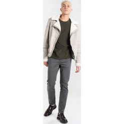 Jeansy męskie regular: Burton Menswear London Jeansy Slim Fit grey