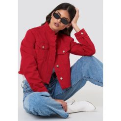 Bomberki damskie: NA-KD Trend Krótka kurtka jeansowa - Red