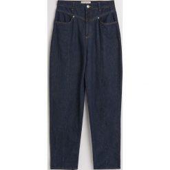 Jeansy typu boyfriend z wysokim stanem - Granatowy. Niebieskie spodnie z wysokim stanem Reserved, z jeansu. Za 139,99 zł.