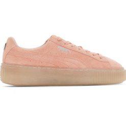 Trampki na grubej podeszwie Jr Suede Platform Jewel. Czerwone buty sportowe dziewczęce marki Puma, z materiału, na sznurówki. Za 411,56 zł.