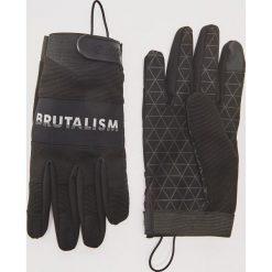 Rękawiczki z napisem - Czarny. Czarne rękawiczki męskie marki House, z napisami. Za 49,99 zł.