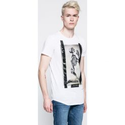 T-shirty męskie z nadrukiem: Religion – T-shirt Pray