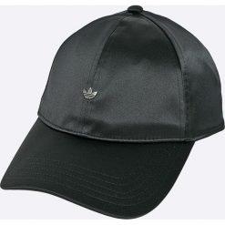 Adidas Originals - Czapka. Brązowe czapki z daszkiem damskie marki adidas Originals, z bawełny. Za 139,90 zł.