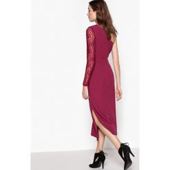Długie sukienki: Długa sukienka, odkryte ramiona, koronkowy rękaw