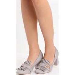 Szare Czółenka Laver. Szare buty ślubne damskie marki Born2be, ze skóry, z okrągłym noskiem, na słupku. Za 69,99 zł.